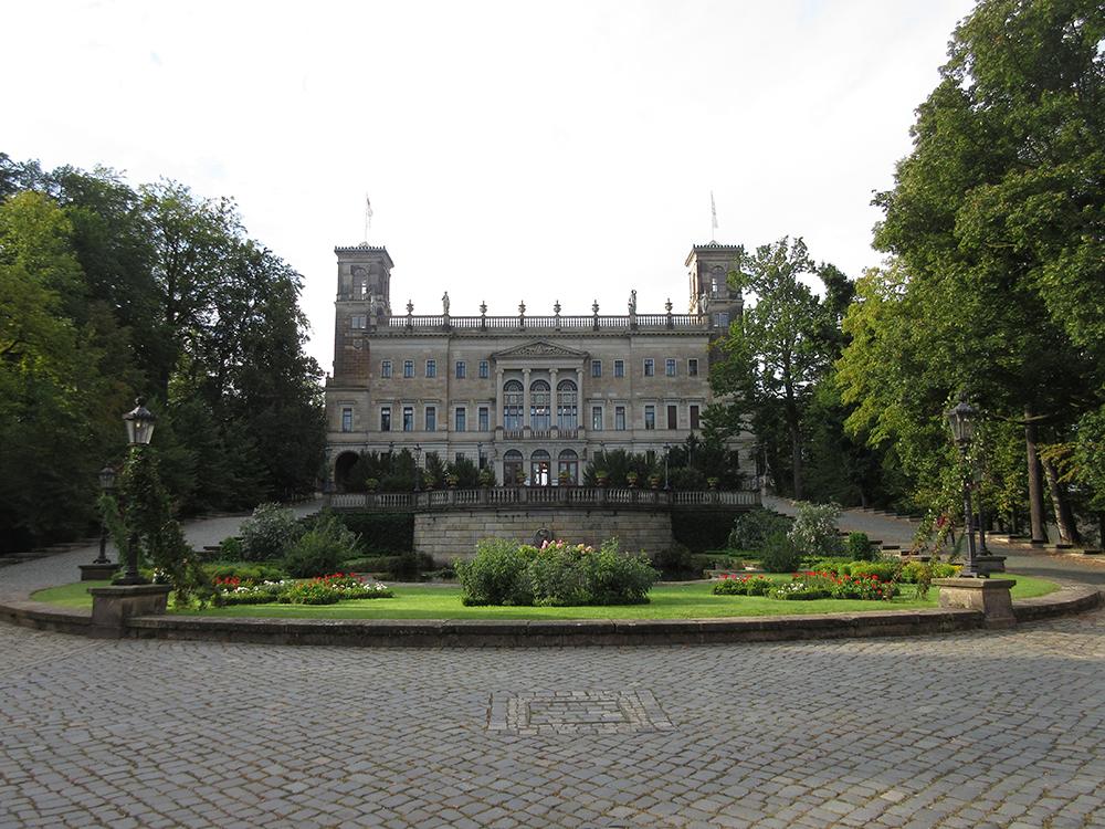 """13.09.2020 – """"Dresden (er)lesen"""" im Schloss Albrechtsberg"""